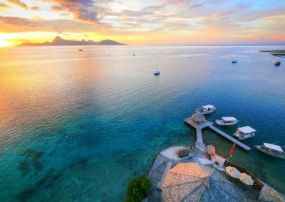 Coucher de soleil sur Moorea vue de TOPDIVE Tahiti © Tahiti-Fly-Shoot