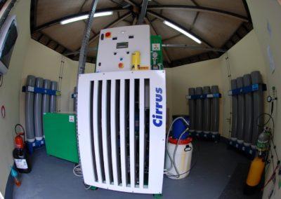 Salle technique bouteilles de plongée sous-marine - Topdive Polynésie